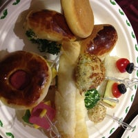 12/16/2012 tarihinde Bekir Y.ziyaretçi tarafından Western Lucky's Cafe & Bistro'de çekilen fotoğraf