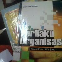 Photo taken at Badan Perpustakaan dan Kearsipan Provinsi Jawa Timur by Christine L. on 10/13/2013