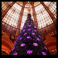Foto scattata a Galeries Lafayette Gourmet da Evgenia P. il 12/26/2012
