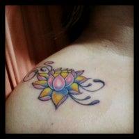 Photo taken at Estúdio Legion Tattoo by Rejane A. on 1/19/2013