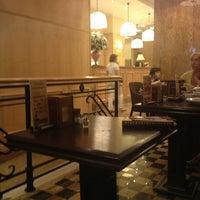 Снимок сделан в Кафе и суши-бар фитнес-клуба «Онѣгинъ» пользователем Ирина К. 7/3/2013