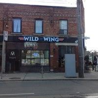 11/3/2012에 KittyGinaMeow S.님이 Wild Wing에서 찍은 사진