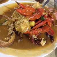 """Photo taken at Santiga Seafood """"Abeng"""" Benhil by Oenit Ingmadia on 12/3/2012"""