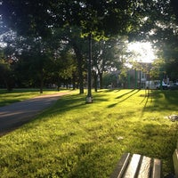 Photo prise au Trinity Bellwoods Park par Christopher J. le7/13/2013