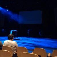รูปภาพถ่ายที่ Playwrights Horizons โดย Frank B. เมื่อ 12/29/2012