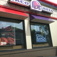 Photo taken at KFC/Taco Bell by Yolonda D. on 8/8/2013