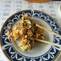 Photo taken at Huwon Restaurante Coreano by Lilo V. on 1/30/2014