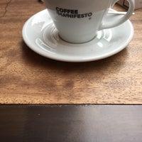1/9/2018 tarihinde Taylan K.ziyaretçi tarafından Coffee Manifesto Moda'de çekilen fotoğraf