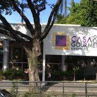 Foto tirada no(a) Casa & Gourmet Shopping por Cristina H. em 10/16/2012
