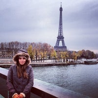 11/25/2012 tarihinde Julia O.ziyaretçi tarafından Flamme de la Liberté'de çekilen fotoğraf