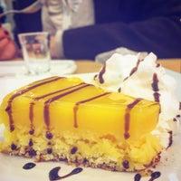 Foto diambil di Café Blenz oleh Wagner P. pada 6/8/2016