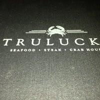 Foto scattata a Truluck's Seafood Steak & Crab da Garry H. il 3/2/2013