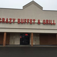 Photo taken at Crazy Buffet & Grill by Edgar J. on 2/23/2016