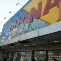 Photo taken at Supermercados Guanabara by Marcos M. on 2/17/2013