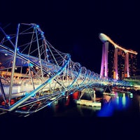 Foto tirada no(a) Marina Bay Sands Boardwalk por JAy P. em 9/16/2012