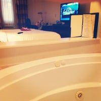Photo taken at Hilton Garden Inn Jacksonville / Ponte Vedra by Keri F. on 4/18/2013