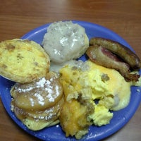 Photo taken at Golden Corral by scotchbutter on 12/23/2012