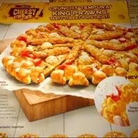 Photo taken at Pizza Hut by Mohd Farhan d. on 12/3/2012