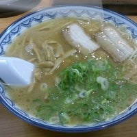Photo taken at Ganso Akanoren Setchan Ramen by XXAR on 6/5/2013