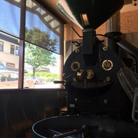 Photo taken at Royal Ground Coffee by Vera U. on 7/30/2017