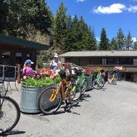 Photo taken at Tahoe House Bakery & Gourmet Store by Vera U. on 5/20/2017