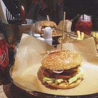 Photo taken at Ketch Up Burgers by Alexander R. on 1/31/2016
