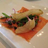 6/13/2013 tarihinde Tatiana H.ziyaretçi tarafından Aria Restaurant'de çekilen fotoğraf