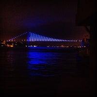 3/26/2013 tarihinde Reha O.ziyaretçi tarafından Çengelköy'de çekilen fotoğraf