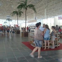 Photo taken at Ilha Shopping by Pedro Trufa on 12/27/2012