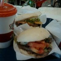 Foto tomada en Patio de comidas por Marcela d. el 1/14/2013