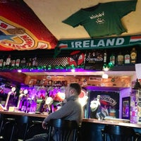 Снимок сделан в Harat's Pub пользователем Олеся П. 4/3/2013