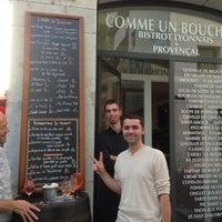 Photo prise au Comme un Bouchon par Alix H. le7/12/2013