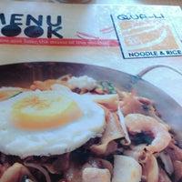 Photo taken at Qua-Li Noodle & Rice by fang f. on 4/13/2014