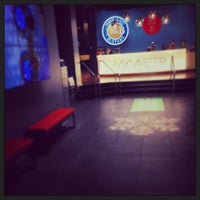 Photo taken at Dave & Buster's by Ismael El Incomprendido V. on 12/11/2013
