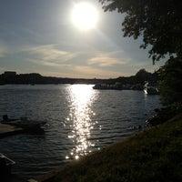 Снимок сделан в Georgetown Waterfront Park пользователем Sheena B. 5/26/2013