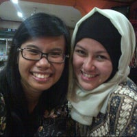 Photo taken at RM Sate Surabaya by Vika N. on 5/1/2013