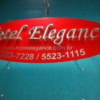 Foto tirada no(a) Hotel Elegance por Eduardo R. em 9/28/2014