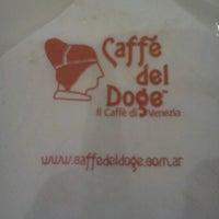 Foto tomada en Caffé del Doge por Javier R. el 11/13/2012