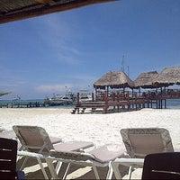 Foto tomada en Playa Maroma por MIKE C. el 7/12/2013