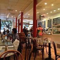 Снимок сделан в Arlequin Cafe & Food To Go пользователем Michelle W. 11/29/2012