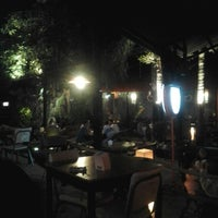 Photo taken at ครัวสะเด็ด ข้าวต้มหม้อดิน by Nopphdon S. on 2/2/2013