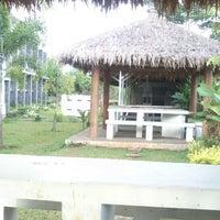 Photo taken at Fakultas Perikanan dan Ilmu Kelautan by Hilman K. on 7/10/2013