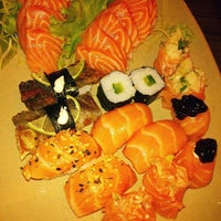 Photo taken at Japonês by Suellen D. on 3/29/2013