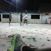 Photo taken at Anantara Veli Staff Volley Court by AliRocks N. on 2/5/2013