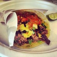 Снимок сделан в Los Tacos No.1 пользователем Caroline T. 6/14/2013