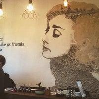 1/29/2016 tarihinde İrem Ö.ziyaretçi tarafından Montag Coffee Roasters'de çekilen fotoğraf