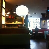 Photo taken at Basil Thai Nudle Bar by Rames H. on 10/26/2012
