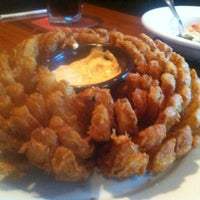 Photo taken at Outback Steakhouse by ANAS on 1/13/2013