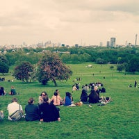 Photo prise au Primrose Hill par Aaron le6/1/2013
