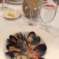Foto tomada en Bordeaux Restaurant por Montserrat G. el 5/27/2015